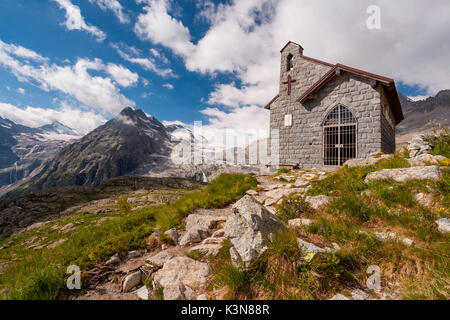 Val Genova, Adamello-Brenta natural park, Trento province, Trentino-Alto Adige, Italy. A small church in memory - Stock Photo