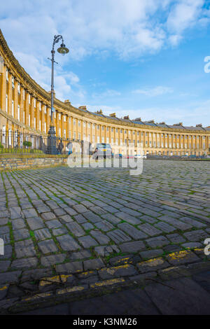 Royal Crescent Bath, view of the Royal Crescent - a row of 30 Georgian terraced houses laid out in a sweeping crescent - Stock Photo