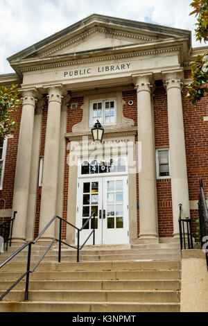 District of Columbia Public Library, Southeast Neighborhood Branch, 403 7th Street SE, Washington DC - Stock Photo