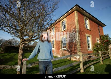 06/01/2012 - ECONOMICS LECTURER RICHARD TOL AT HIS NEW HOME IN BARCOMBE, EAST SUSSEX. Tol is a Professor at the - Stock Photo