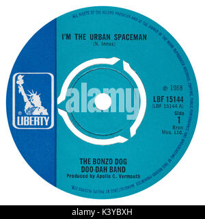 45 RPM 7' UK record label of I'm The Urban Spaceman by The Bonzo Dog Doo-Dah Band on the Liberty label from 1968. - Stock Photo