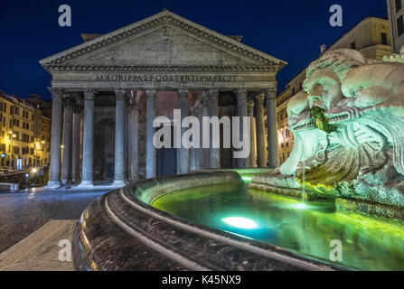 Rome, Lazio, Italy. The Fontana del Pantheon at night, on the background the Pantheon - Stock Photo