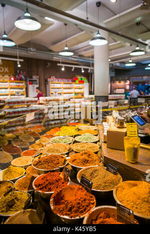 USA, New York, New York City, Lower Manhattan, Chelsea Market, middle eastern spices - Stock Photo