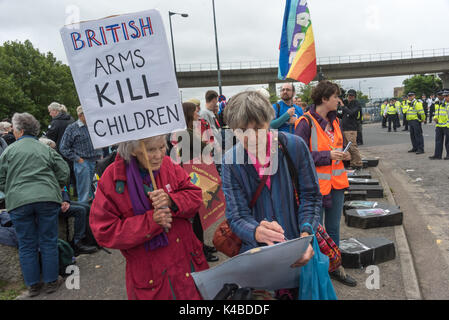 London, UK. 5th Sep, 2017. The second day of protests against the world's largest arms fair held in London's docklands, - Stock Photo
