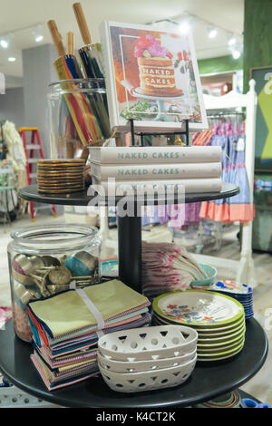 anthropologie store interior nyc stock photo 83565005 alamy. Black Bedroom Furniture Sets. Home Design Ideas
