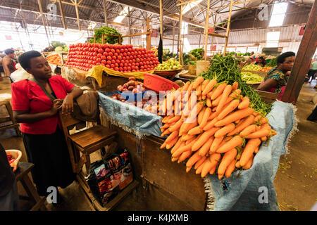 Carrots in the fresh produce market, Kigali, Rwanda, Africa - Stock Photo