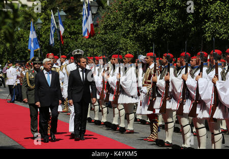 (170907) -- ATHENS, Sept. 7, 2017 (Xinhua) -- Greek President Prokopis Pavlopoulos (L front) welcomes visiting French - Stock Photo