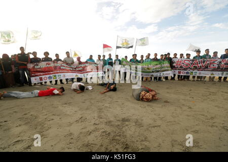 Banda Aceh, Indonesia. 07th Sep, 2017. Dozens of students in the province of Aceh, Indonesia, took a theatrical - Stock Photo