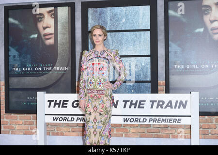 Photo Must Be Credited ©Alpha Press 079965 20/09/2016 Emily Blunt The Girl On The Train World Premiere Odeon Leicester - Stock Photo