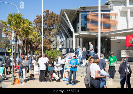 Saturday 9th September 2017. Voters go to the polls in many local council electorates across Sydney today, here - Stock Photo