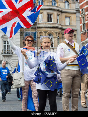 Central London, UK. 9th Sep, 2017. Thousands rally in the People's March for Europe to voice their concerns over - Stock Photo
