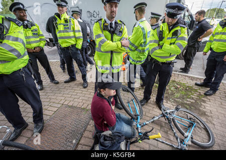 London, UK. 9th Sept, 2017. Anti-war protests continue against DSEi Arms Fair (Defence & Security Equipment International) - Stock Photo