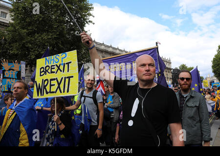 London, UK. 9th Sept, 2017. A crowd of pro-EU demonstrators march down Whitehall, central London during the People's - Stock Photo