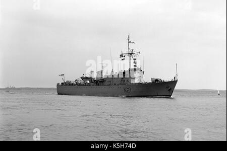 HMS Abdiel - N21 - Royal Navy minelayer approaching Portsmouth harbour, The Solent, Hampshire, England, UK - Stock Photo