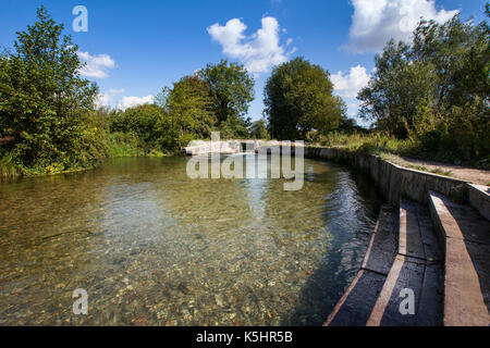 Shawford Lock on the Itchen Navigation between Shawford and Twyford in Hampshire. The lock is a popular wild swimming - Stock Photo