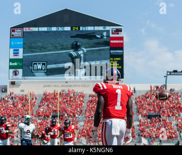 Oxford, USA.  9th Sept 2017. University of Mississippi Wide Receiver A.J. Brown (1) waits for his teammates in the - Stock Photo