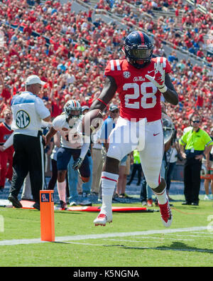 Oxford, USA.  9th Sept 2017. University of Mississippi Running Back D'Vaughn Pennamon (28) trots into the endzone - Stock Photo