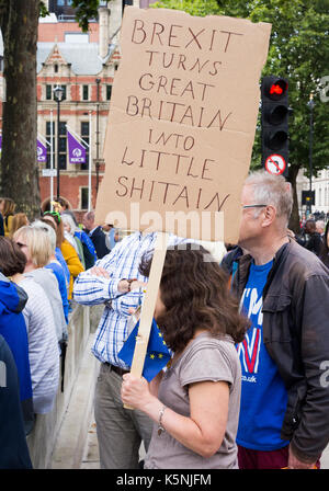 London, UK. 9th September, 2017. The Exit Brexit pro-EU rally in London was attended by tens of thousands of people - Stock Photo