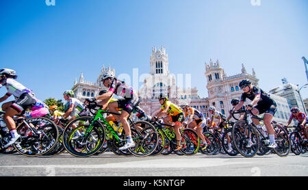 Madrid, Spain. 10th Sep, 2017. Peloton rides during the women cycling race 'Madrid Challenge' on September 10, 2017 - Stock Photo