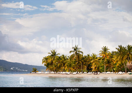 Beach in cayo levantado, Samana - Stock Photo