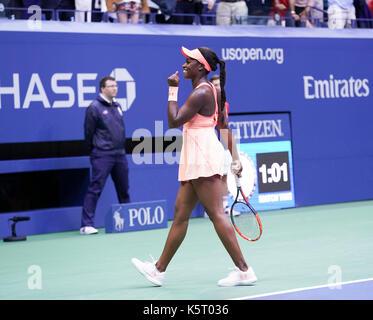 New York, United States. 09th Sep, 2017. Sloane Stephens celebrates victory against Madison Keys at US Open tennis - Stock Photo