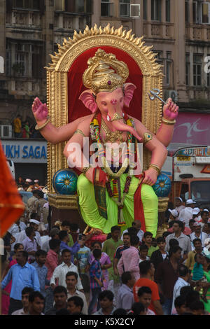 Final Day immersion procession of Ganesh Festival 2017, Mumbai, India - Stock Photo