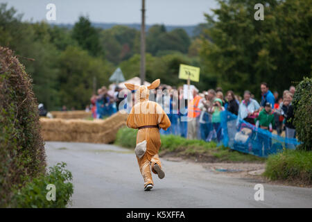 Cookham Dean, UK. 10th Sep, 2017. A custom-built go-kart named The Hare And The Tortoise competes in the Cookham - Stock Photo