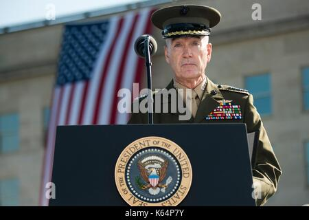 Arlington, United States Of America. 11th Sep, 2017. U.S Joint Chiefs Chairman Gen. Joseph Dunford addresses a ceremony - Stock Photo
