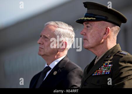 Washington DC, USA. 11th Sep, 2017. Jim Mattis, U.S. Secretary of Defense, left, and General Joseph Dunford, Chairman - Stock Photo