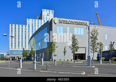 Intercontinental Hotels Group purpose built O2 hotel between River Thames & millenium dome O2 entertainment complex - Stock Photo