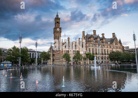 Bradford City Park and Mirror Pool, In Centenary Square With City Hall in the Background. - Stock Photo