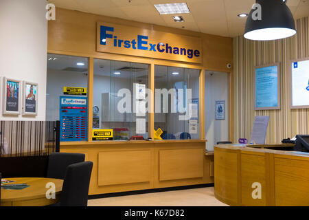 bureau de change office operated by travelex at gatwick airport stock photo royalty free image. Black Bedroom Furniture Sets. Home Design Ideas