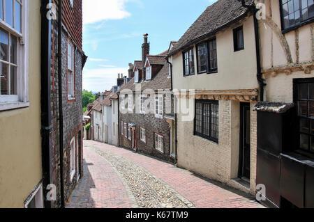 Period houses. Keere Street, Lewes, East Sussex, England, United Kingdom - Stock Photo
