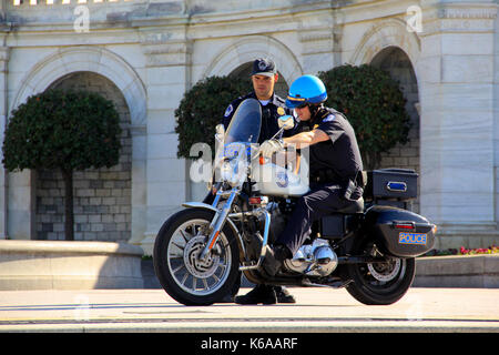 DC, USA - Nov 9, 2011: the US Capital Police Officers on Duty. - Stock Photo