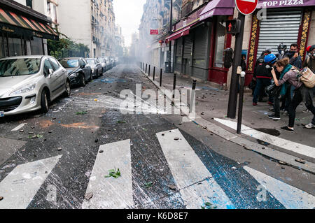 Paris, France. 12th Sep, 2017. Demonstration against the reform of the Labor Code of the Macron government in Paris, - Stock Photo