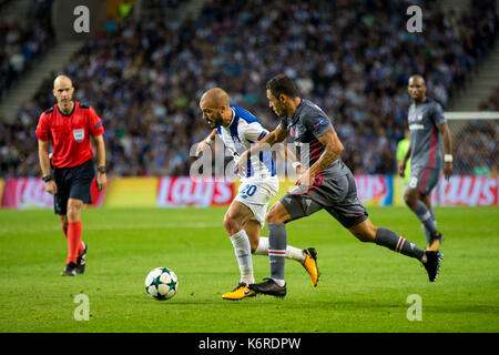 Porto, Portugal. 13th Sep, 2017. FC Porto team line up before the Stock Photo: 159096953 - Alamy