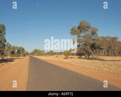 Ross highway along the east MacDonnell ranges near Alice Springs, Northern Territory, Australia 2017 - Stock Photo