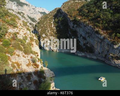 The gate of the Lac de Sainte-Croix to the Gorges du Verdon. - Stock Photo