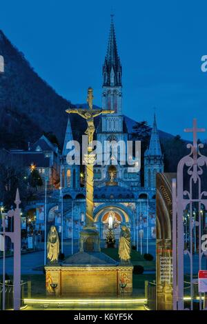 France, Hautes Pyrenees, listed at Great Tourist Sites in Midi Pyrenees, Lourdes, Lourdes sanctuaries, Calvary and - Stock Photo