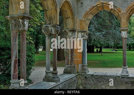 France, Hautes Pyrenees, Bigorre, Tarbes, Massey garden, cloister of the ancient abbey of St. Sever de Rustan moved - Stock Photo