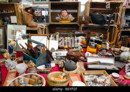 French brocante vide grenier car boot sale or antique market stock photo royalty free image - Vide grenier salon de provence ...
