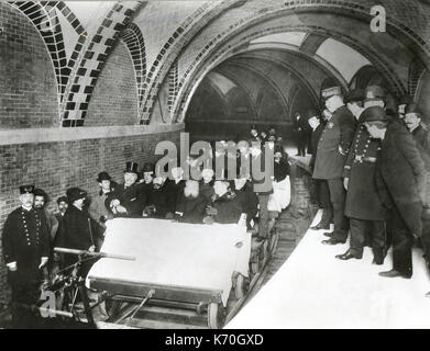 October 27, 1904, New York City - The first subway when opened, with municipal officials and civic and business - Stock Photo