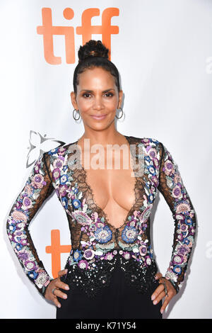 Toronto, Ontario, Canada. 13th Sep, 2017. Actress HALLE BERRY attends the 'Kings' premiere during the 2017 Toronto - Stock Photo