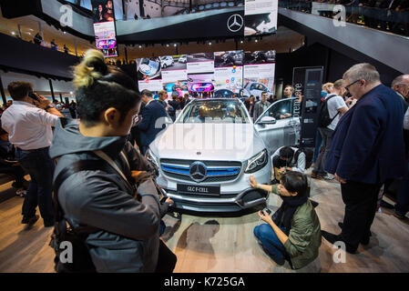 Frankfurt, Germany. 14th Sep, 2017. dpatop - Visitors inspect a Mercedes car with fuel cell technology at the International - Stock Photo
