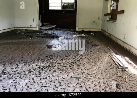 United States. 13th Sep, 2017. Interior view inside an abandoned property in Middleburg, FL, on September 13, 2017. - Stock Photo