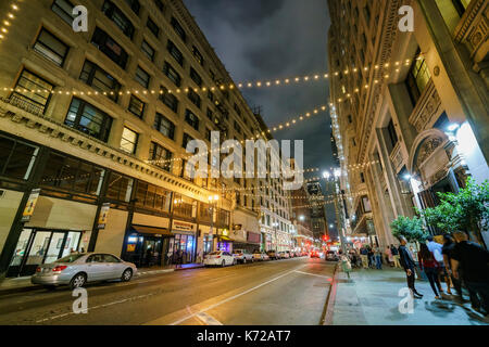 Los Angeles, USA. 14th Sep, 2017. Spring street of the famous Downtown Los Angeles Art Walk on SEP 14, 2017 at Los - Stock Photo