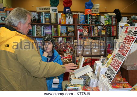 Henry winkler henry winkler actor producer director and author henry winkler actor producer director and author stopped in at books m4hsunfo
