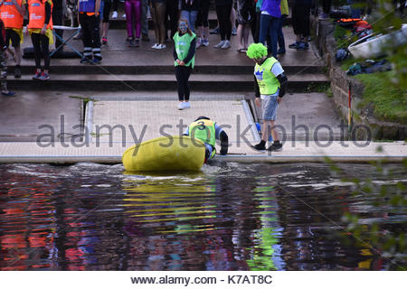 Shrewsbury, UK. 15th Sep, 2017. Teams of competitors taking part in the 10th annual coralce world championships - Stock Photo