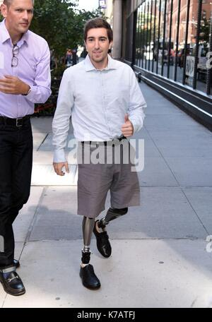 New York, NY, USA. 15th Sep, 2017. Jeff Bauman, out promoting his new film STRONGER out and about for Celebrity - Stock Photo