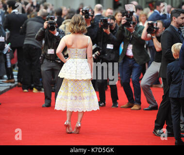 Photo Must Be Credited ©Alpha Press 079965 25/05/2016 Emilia Clarke Me Before UK Premiere Curzon Mayfair London - Stock Photo